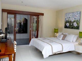 Bright 2BR Villa at Bali!, Kuta