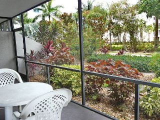 Peaceful first floor condo w/ heated pool & short walk to Tigertail Beach