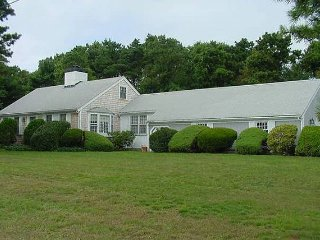 Osterville ...close to village & beach!, Barnstable
