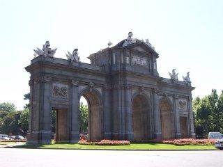 Madrid Centro /Gran Via/Chue Madrid Rental and Tou