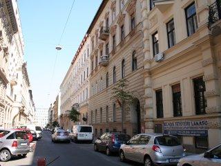 48 m2 Oktogon/Andrassy - Suite apartment - Lux, Budapest