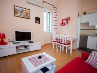 Anamarija(4+1) -nice apartment in a prime location