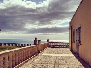 Sun House, villa fromte mare 7posti letto, Noto