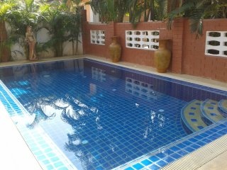 Villa 4BD 3B Swim pool near walking street/beach, Pattaya