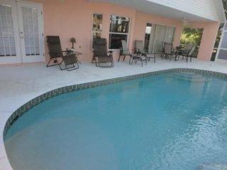 Family-Friendly Spacious Retreat: 2 Masters w/bath