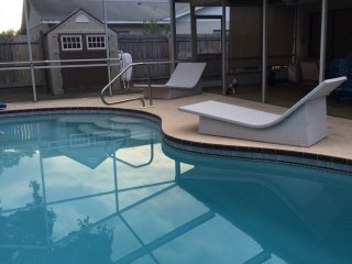 House with Pool 1.6 miles from Indian Rocks Beach, Largo