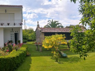 Alquilo casa, planta superior a 3 km de la playa., Sanxenxo