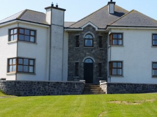 Spacious luxury detached house on an acre., Carlingford