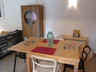 Gambetta Apartment 4