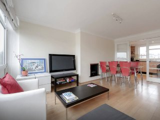 2bed in amazing Notting hill / Holland Park, London