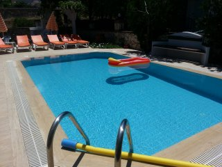 3 bedroom detached villa with its own pool!