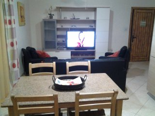Sliema Flat 4 - 3 Bedrooms Near Balluta Bay & Close to St Julian's and Valletta