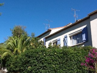 CANNES Villa 2 Appart 5 chbres 2 parking WIFI CLIM, Cannes