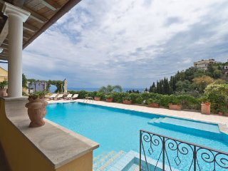 PANORAMIC VILLA MATIS EXCLUSIVE Use Of Private Pool Sea View Terrace Taormina