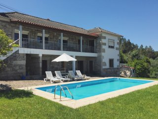 Countryside Villa (Pool) - Near The Sea & Mountain, Viana do Castelo