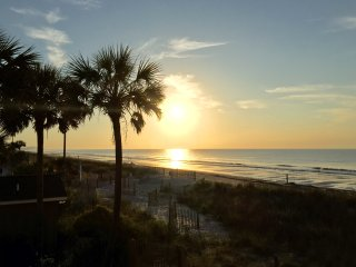 Updated, beachy decor & private!, Myrtle Beach