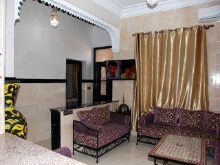 Appartement Z3 avec Piscine,jacuzzi,wifi,clim