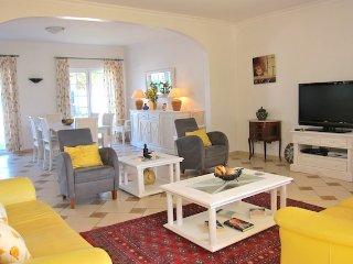 Villa Brady - V4 ( perfeito para famílias)