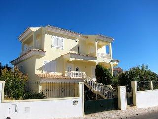 Villa Brady - V4 ( perfeito para familias)