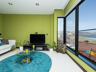 Sea Views Beach Apartment for 4, Las Palmas