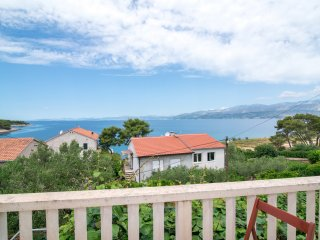 Apartments Vrandecic - Three Bedroom Apartment with Terrace and Sea View (Nera)