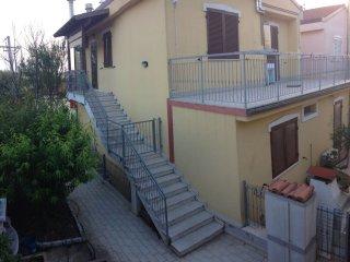 terrazza sul retro di 25 mq.