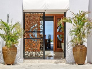 Villa 4 Bd– Up to 8 guests,Orient Bay Saint-Martin