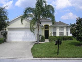 4 Bedroom 3 Bathroom Pool Home in Calabay Parc. 152PD, Davenport