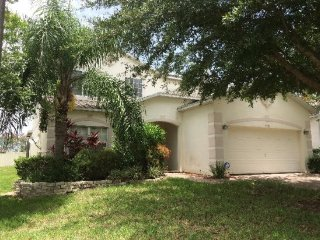 5 Bedroom Florida Vacation Pool Home with Spa and Tiki Bar in Gated Community. 302, Davenport