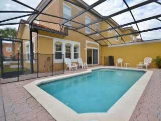 4 Bedroom 3 Bath Town Home with Pool in Terra Verde. 4746OBW, Intercession City