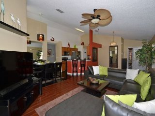 Updated 4 Bedroom 3 Bath Pool Home in Westridge. 216LD, Davenport