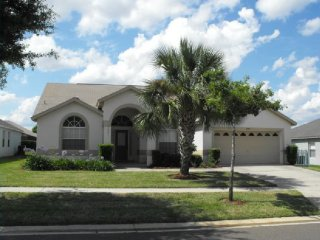 Spacious 4 Bedroom 3 Bath Pool Home in Orange Tree. 3305MHS, Clermont