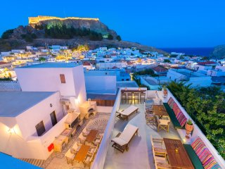 Luxury Villa Eftihia in the heart of Lindos