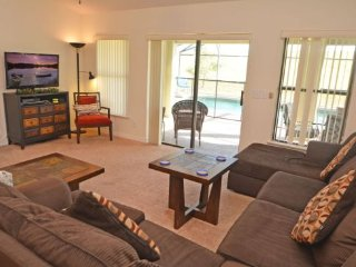 Gorgeous 5 Bedroom 3 Bath Pool Home in Legacy Park. 438CD, Davenport