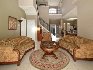 Gorgeous 6 Bedroom 4.5 Bath Pool Home in Tower Lakes. 512PD, Haines City