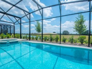 Lake View 6 Bedroom 4.5 Bath Pool Home is Solterra. 5340OA, Davenport