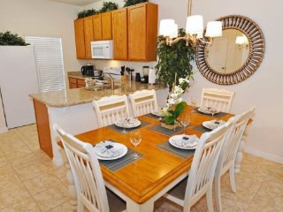 3 Bedroom Townhome In Bella Vida With Private Pool. 4571AL, Kissimmee