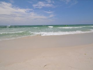 """Emerald Isle Unit 610"" Gulf Front with gorgeous Views!!, Fort Walton Beach"