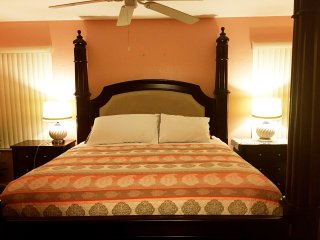 Regal Oaks an amazing home -- 4 miles to Disney, Kissimmee