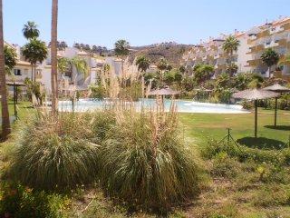 Disfruta de tus vacaciones en Calanova Grand Golf, Mijas