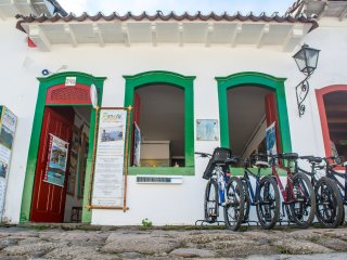 charmming guest house in old town of paraty, Trindade
