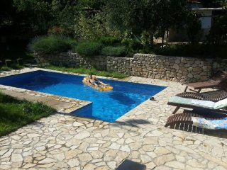 Pool mansion Salonae