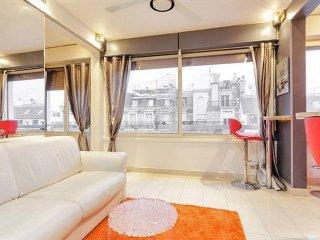 Appartement aux Champs Elysees