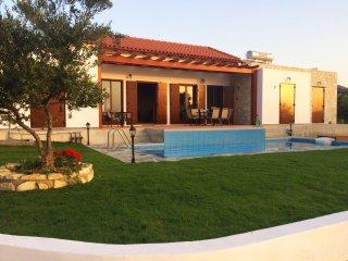 Spiksplinternieuwe Luxe Villa Kyria op Kreta, Rethymnon