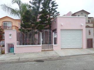 Casa Rosa en Lomas del Mar, Ensenada