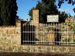 La Giara - Agriturismo - Villa, Serra de' Conti