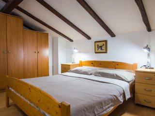 Apartment 3092