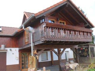 komplettes & grosses Ferienhaus Ferienwohnung | 100m2 - 2 Etagen - bis zu 5 Pers.