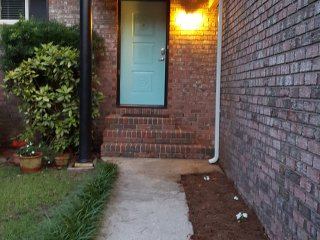 Beautiful, cozy, centrally located home, Charleston