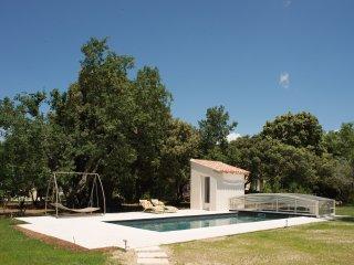 Villa Provençale et piscine, location à la semaine, Mazan